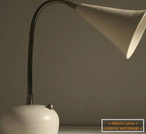 Lampe de table flexible